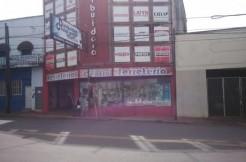 Local Comercial y Deposito sobre Avenida Uruguay
